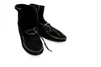 Niedrige Stiefel ohne Fransen