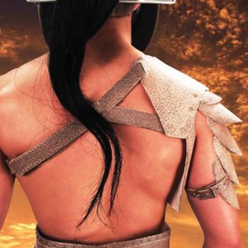 Spartacus Leder Schulterstück