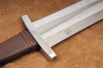 Fünf-gelapptes Mittelalter Wikingerschwert