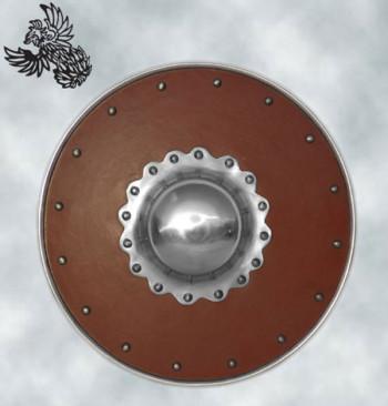Lederbezogener Buckler mit verziertem Buckel, 30 cm Durchmesser