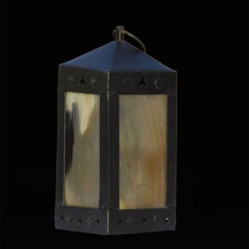 Mittelalterliche Laterne aus Eisen und Rinderhorn- 20 x 8,5 cm